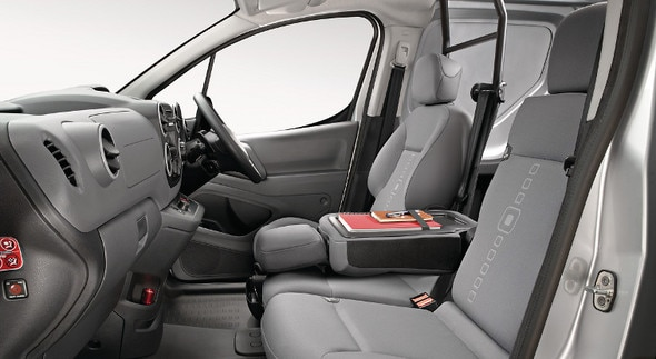 757x414-Interior-Berlingo